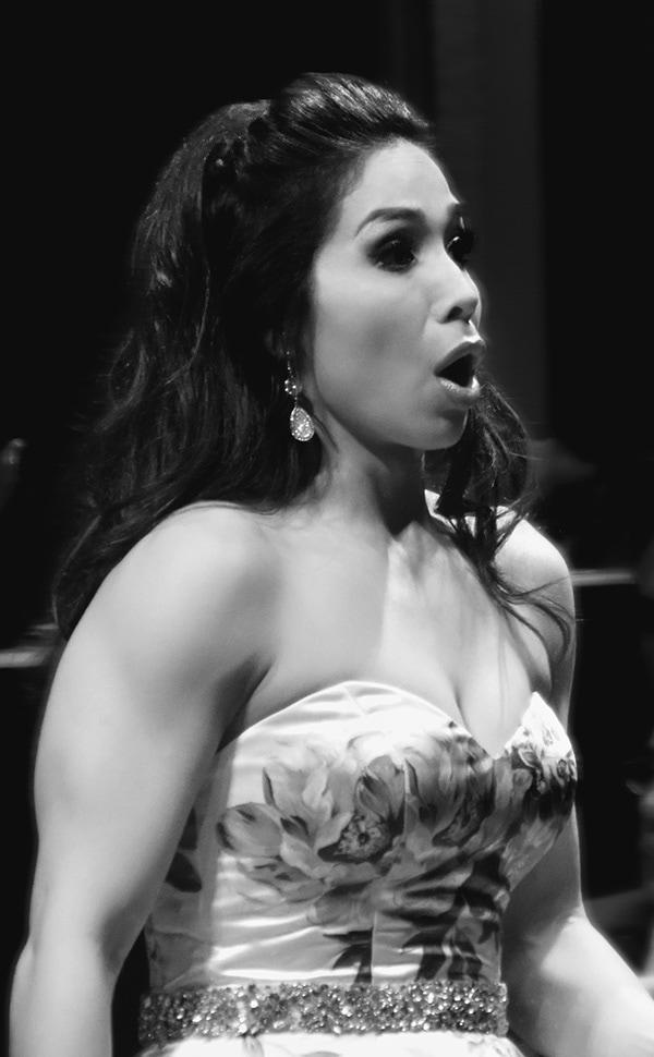Guadalupe Paz, Mezzo Soprano